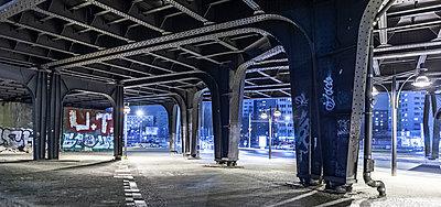 Berliner Architektur - p1243m1552799 von Archer