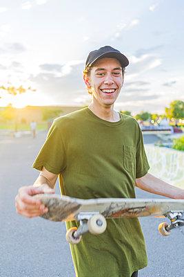 Skateboarding - p1362m1227744 by Charles Knox