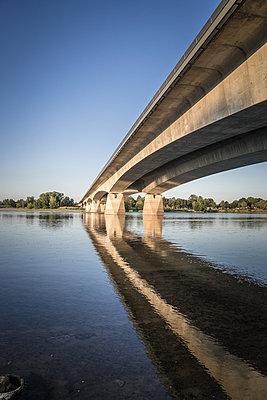 Pont du Cadre Noir - p1402m2115801 by Jerome Paressant