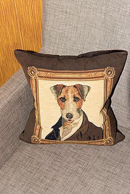Sofa cushion - p451m1057398 by Anja Weber-Decker