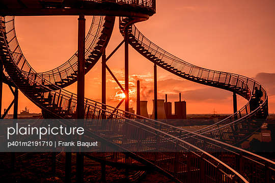 Tiger & Turtle Magic Mountain Duisburg - p401m2191710 by Frank Baquet