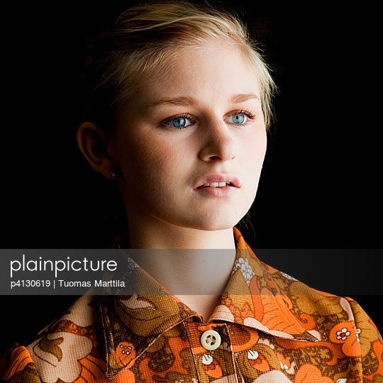 Seventies dress - p4130619 by Tuomas Marttila
