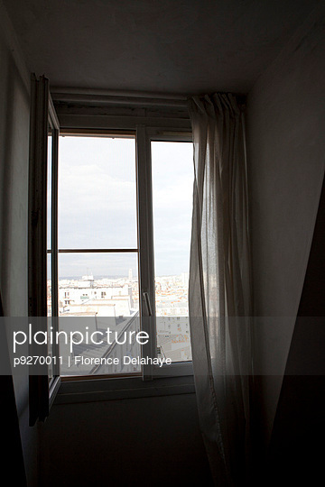 Window - p9270011 by Florence Delahaye