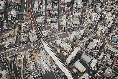 View of Tokyo - p1345m2055580 by Alexandra Kern