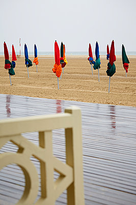 Deauville - p464m1115852 by Elektrons 08