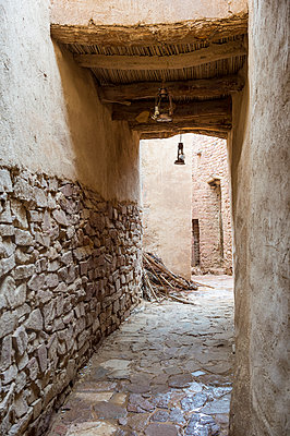 The old ghost town of Al Ula, Saudi Arabia, Middle East - p871m1583740 by Michael Runkel
