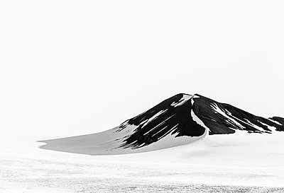 Svalbard - p1256m1057607 by Sandra Jordan