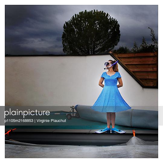 Snorkelling - p1105m2168853 by Virginie Plauchut