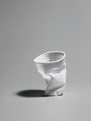 plastic cup - p509m1119338 by Reiner Ohms