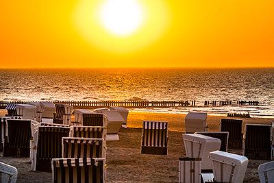 Sonnenuntergang - p488m1584411 von Bias