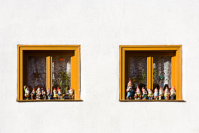 Garden gnomes at a window - p2480962 by BY