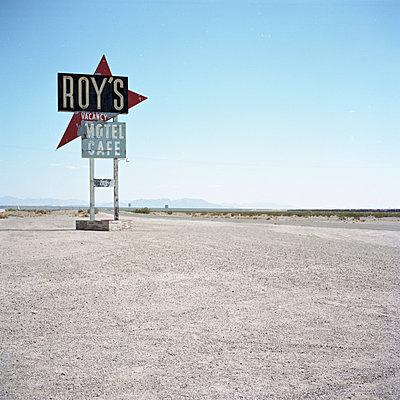 Roy's - p911m945429 by Gaëtan Rossier
