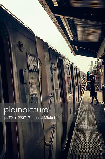 U-Bahnstation in Brooklyn - p470m1223717 von Ingrid Michel