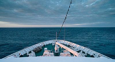 MS Deutschland - Traumschiff - p1202m1162117 von Jörg Schwalfenberg