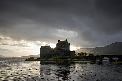 Eilean Donan Castle - p1124m1491354 von Willing-Holtz