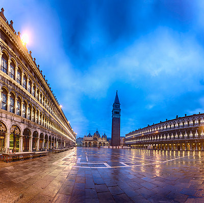 Venice - p745m778943 by Reto Puppetti