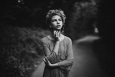 Daydream - p1529m2093206 by EMMA WOOD