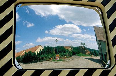 Spiegel im Straßenverkehr - p0190114 von Hartmut Gerbsch