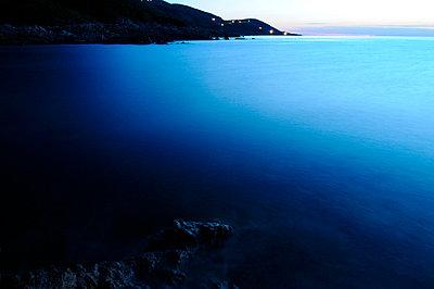 Abend auf Korsika - p5890003 von Thierry Beauvir