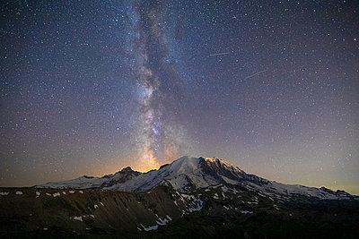 Stunning Milky Way Over Mt. Rainier in Mt. Rainier National Park - p1166m2129864 by Cavan Images