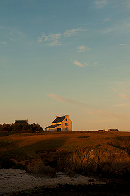 Typical farmhouse on the Ile d'Ouessant - p470m2082296 by Ingrid Michel