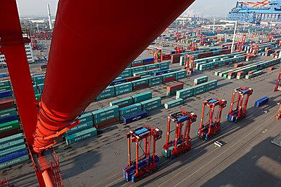 Containerterminal - p1099m1515542 von Sabine Vielmo