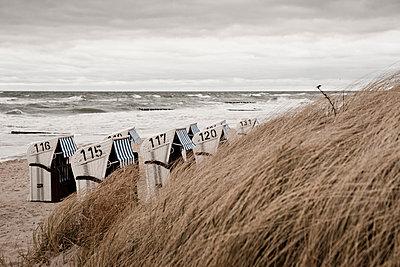 Beach chairs, Mecklenburg-Vorpommern - p1162m963169 by Ralf Wilken