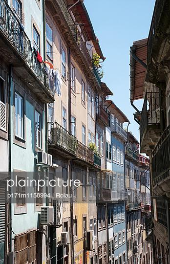 Altstadt von Porto - p171m1158994 von Rolau