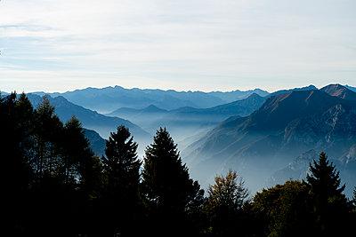 Trentino mountain scenery - p608m2026957 by Jens Nieth