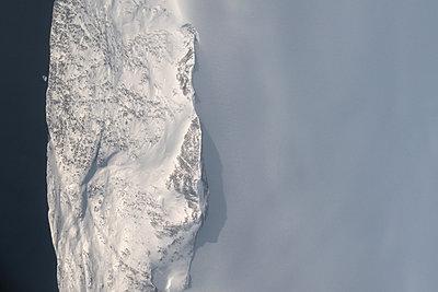 Ice shelf, Canada, aerial view - p1624m2223716 by Gabriela Torres Ruiz