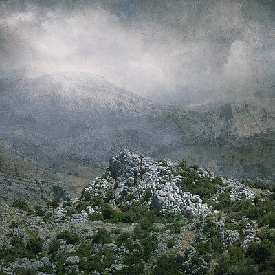 El Torcal de Antequera - p1633m2208963 by Bernd Webler