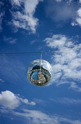 Mirror Ball - p0450514 by Jasmin Sander