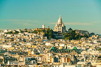 Blick auf den Montmartre und Sacre Coeur - p1332m1502782 von Tamboly