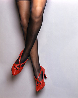 Female legs - p567m720800 by Joachim Grusell
