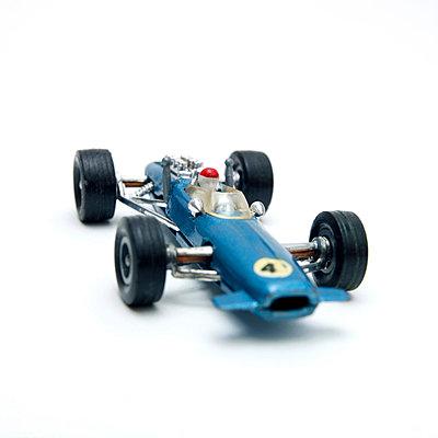 Racing car - p813m904307 by B.Jaubert