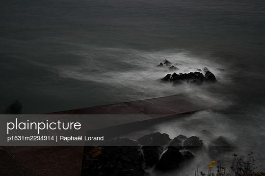 English Channel - p1631m2294914 by Raphaël Lorand