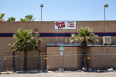 Open Daily - p1291m1362441 by Marcus Bastel