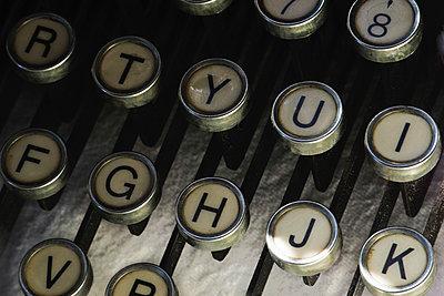 Alte Schreibmaschine - p1418m1571879 von Jan Håkan Dahlström