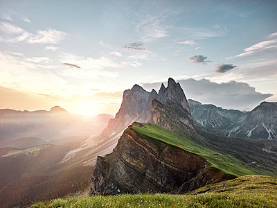 Italy, South Tyrol, Dolomites, St.Ulrich in Groeden, Seceda at sunrise - p300m1550036 by Christian Vorhofer