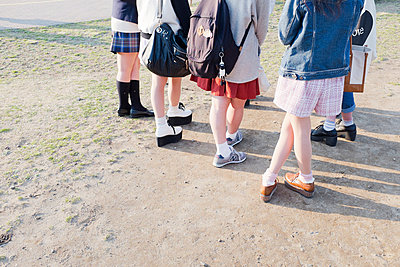 Young girls in Tokyo - p956m1044307 by Anna Quinn