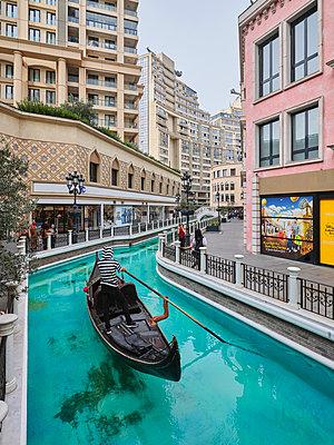 Türkei, Istanbul, Venezianisches Mega Outlet - p390m2287814 von Frank Herfort