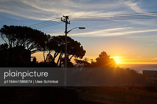 Sonnenuntergang - p1164m1586674 von Uwe Schinkel