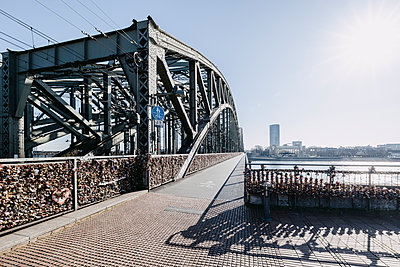 Bike lane with love locks, Hohenzollern Bridge, Cologne - p1637m2211678 by Vogel