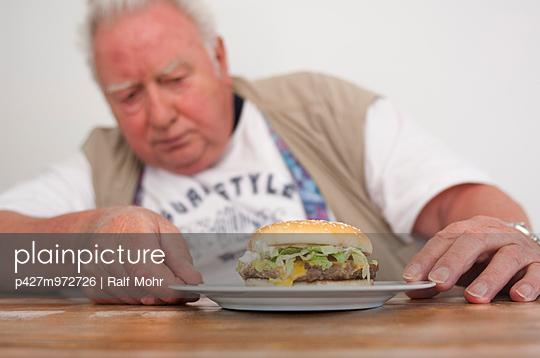 Hamburger - p427m972726 von R. Mohr