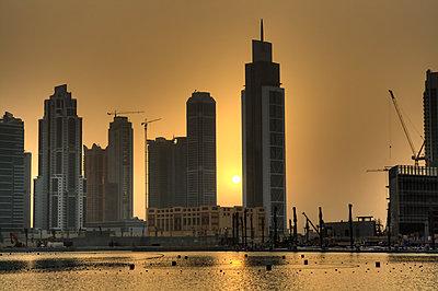 Dubai at sunset - p416m990820 by Kai Kasprzyk