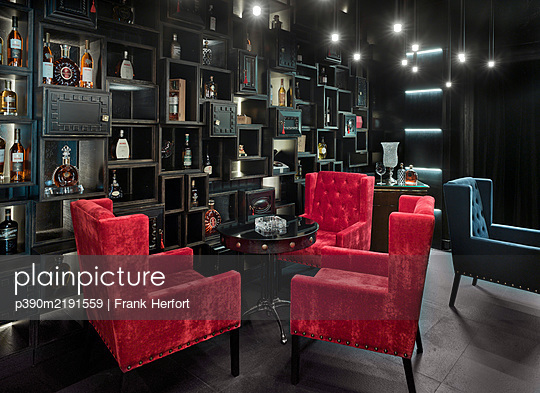 Club, Bar and Lounge - p390m2191559 by Frank Herfort