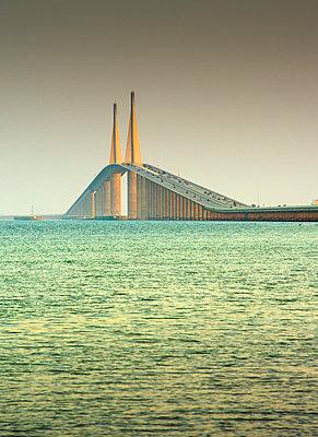 Sunshine Skyway Bridge, Tampa Bay, Saint Petersburg, Florida - p651m2085239 by John Coletti photography
