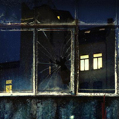 Urban 86 - p1633m2209996 by Bernd Webler
