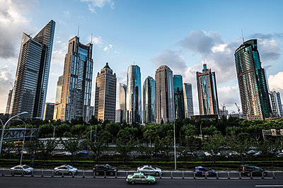 Pudong - p1243m1057281 by Archer