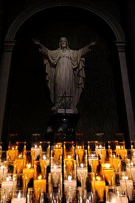 Prayer candles - p1105m2087274 by Virginie Plauchut